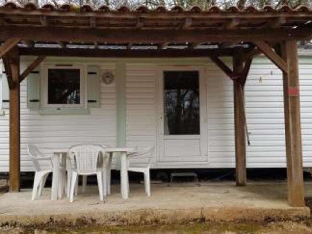 Camping Au Bois Dormant Chauffour sur Vell