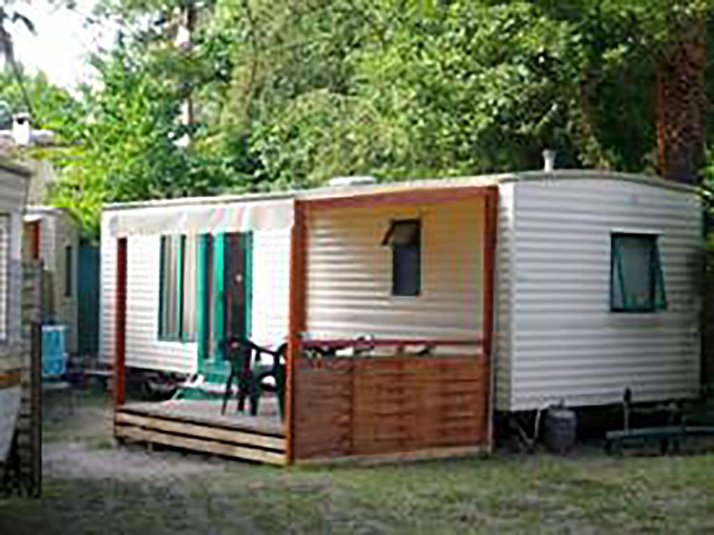 Camping caravaning saint paul saint paul de vence for Camping cote bleue avec piscine