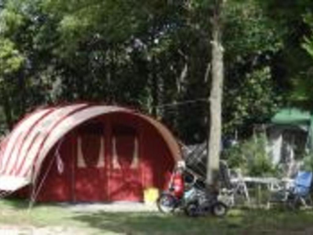 Camping Fontisson Châteauneuf de Gadagne