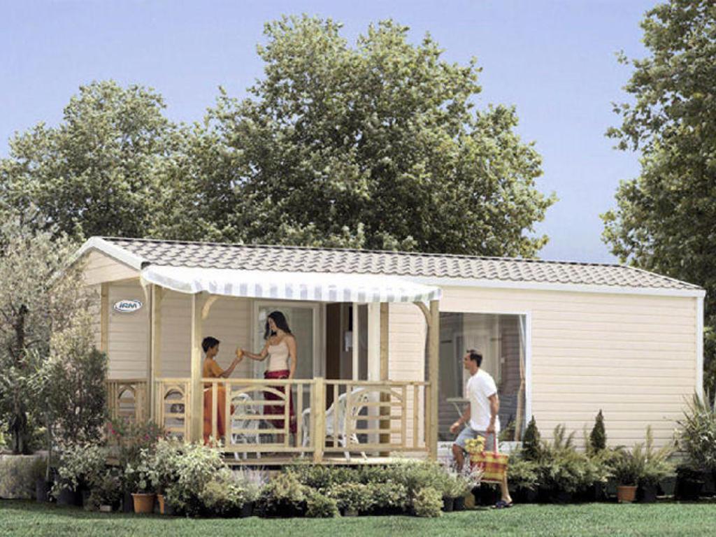 camping la pomme de pin saint hilaire de riez 65 mobil homes d s 324. Black Bedroom Furniture Sets. Home Design Ideas