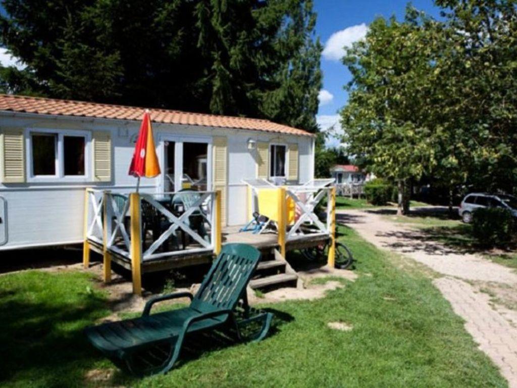 Camping Lac De Panthier - Vandenesse-en-Auxois > mobil homes disponibles.