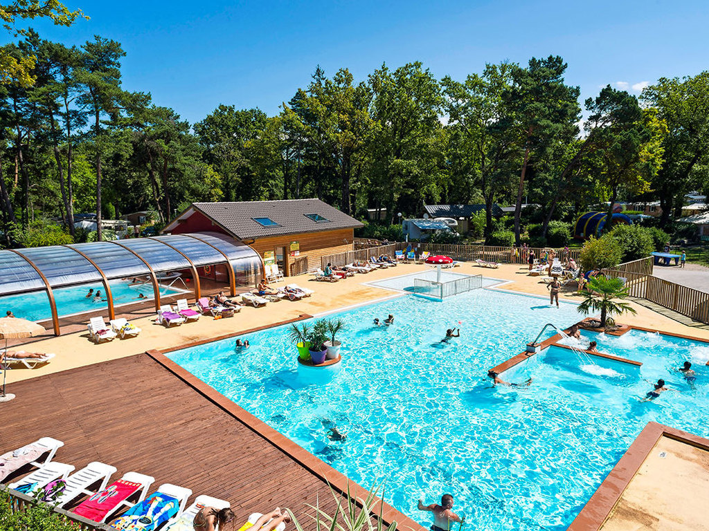 Camping le lac noir evian mobil homes disponibles - Camping thonon les bains avec piscine ...