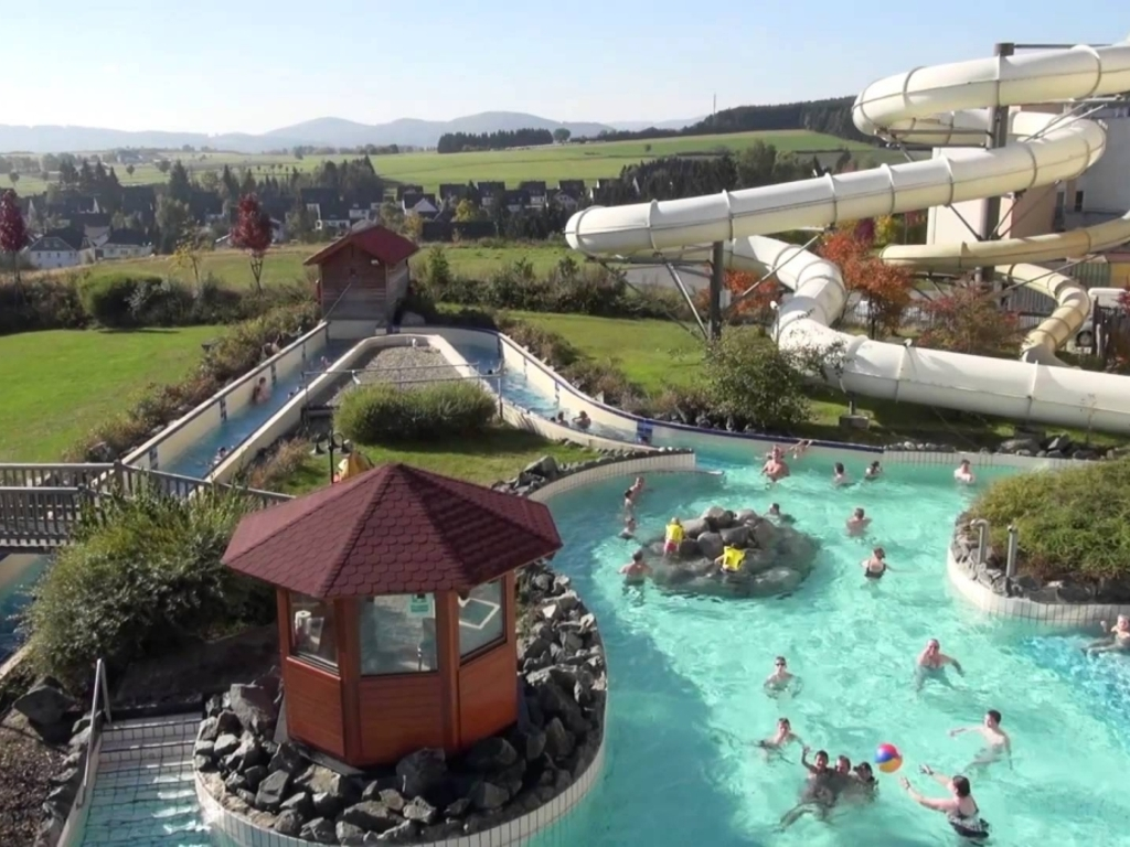 Camping Le Thouet Montreuil Bellay Mobil Homes Disponibles