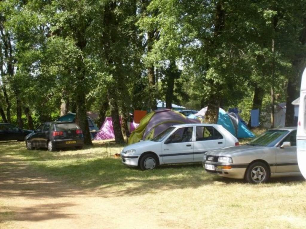 Camping Les Chênes Clairs Condat